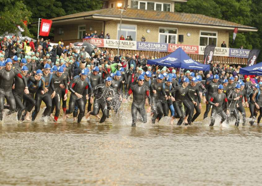Competitors at the start of the Dambuster Triathlon in Rutland'Photo: Pacesetter Events ENGEMN00220130625142703