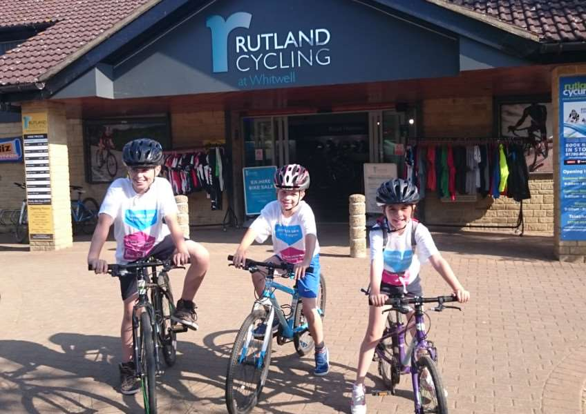 James, Dylan and Megan gear up for their cycle challenge at Rutland Water EMN-150817-142420001