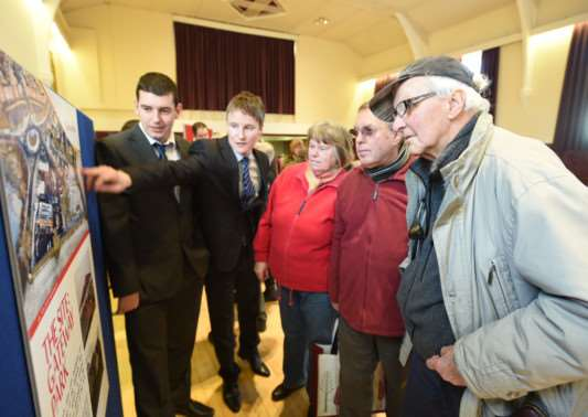 People view plans for a proposed Lidl store in Bourne at Bourne Corn Exchange. Photo: MSMP-08-01-15-dl001. EMN-150801-151056001