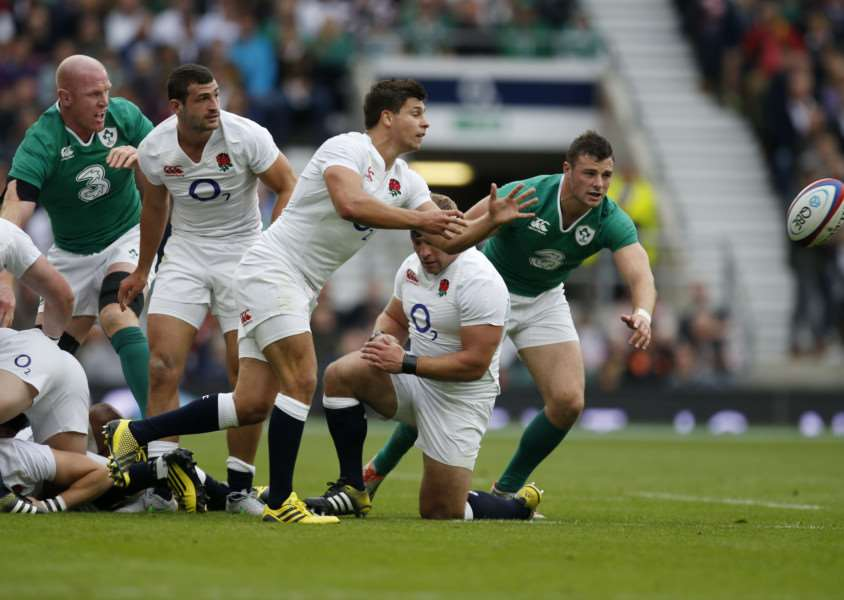 England's Ben Youngs passes during the World Cup Warm up match at Twickenham Stadium, London. PRESS ASSOCIATION Photo. Picture date: Saturday September 5, 2015. See PA story RUGBYU England. Photo credit should read: Paul Harding/PA Wire EMN-150809-121738001