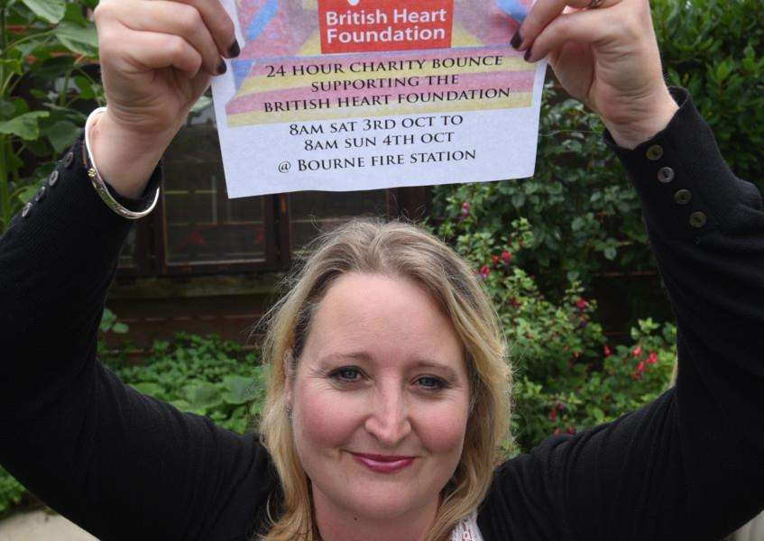 Jo Cole of Bourne setting up a British Heart Foundation fundraiser EMN-150608-111408009