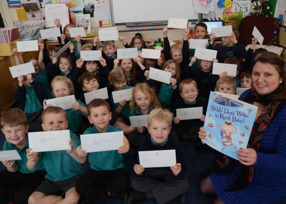 Laura Currie and her year one class at Deeping st James primary school who all received letters and a post card from Duke and Duchess of Cambridge EMN-150325-171739009