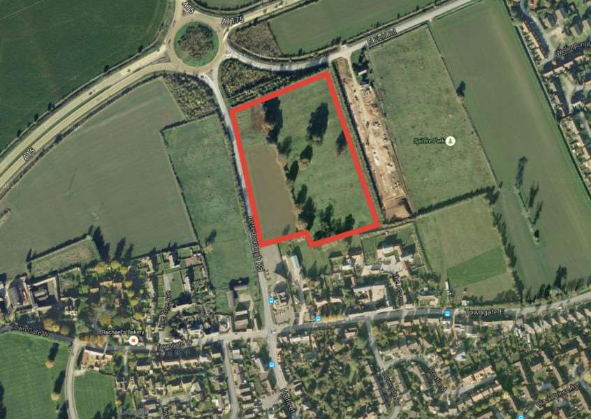 The site in Market Deeping where Larkfleet Homes wants to develop. Photo: Google EMN-151008-141847001