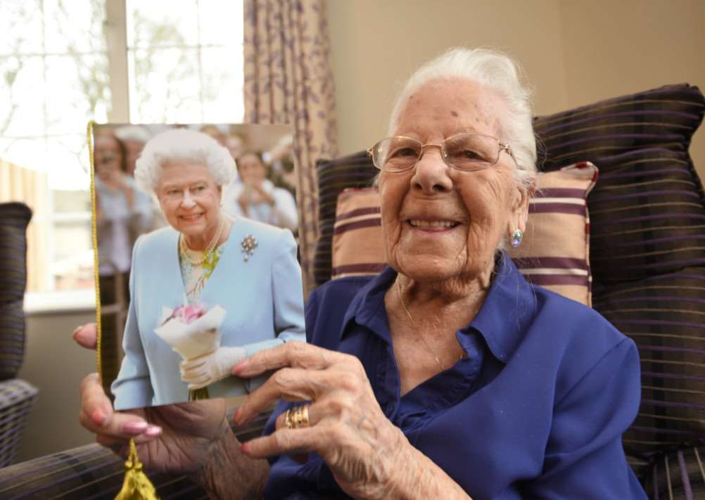 105-year-old Edna Fessey pictured at Priory Care Home on her birthday. EMN-151202-121250009