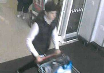 The man police want to speak to about the theft of items from Sainsbury's in Bourne on June 29. Crime reference 15000053910. EMN-150817-110818001