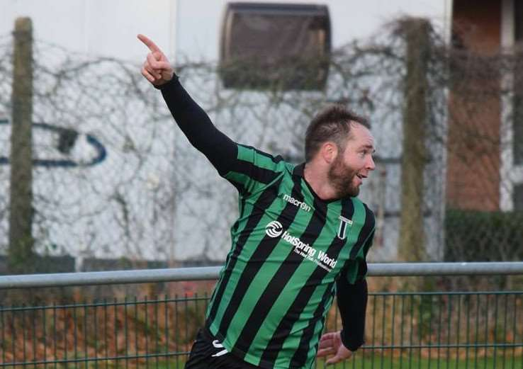 Lee Clarke netted a late winner for Blackstones.