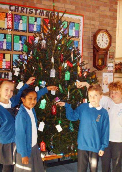 Thurlby Primary School gave 93 presents to the Rotary Club of Stamford St Martins Christmas Tree Appeal EMN-161220-110617001