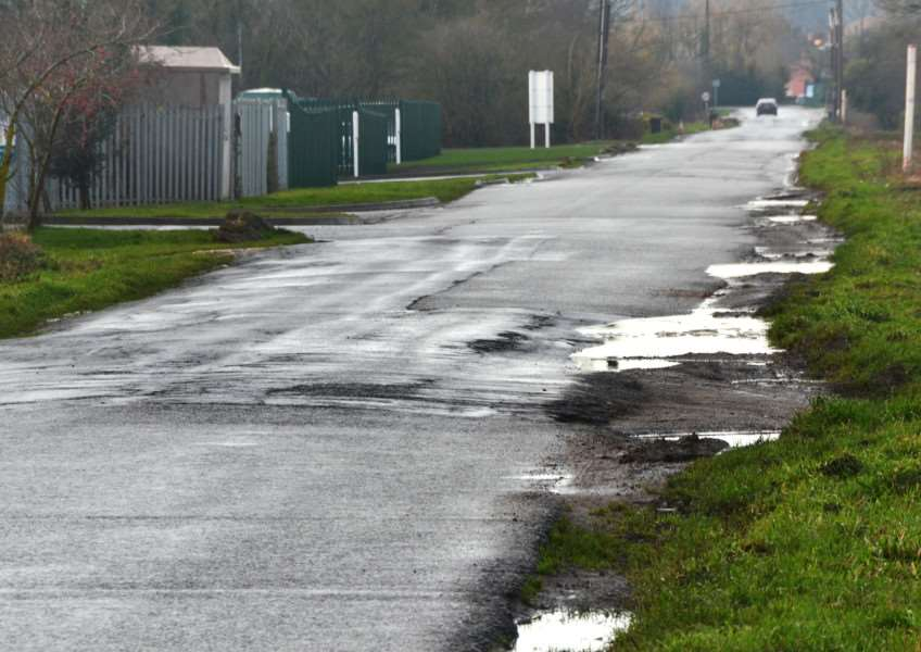 South Fen Road in Bourne has been branded 'the worst road in Britain' by Bourne South and Thurlby county councillor Robert Reid. Photo by Tim Wilson. SG291217-208TW.