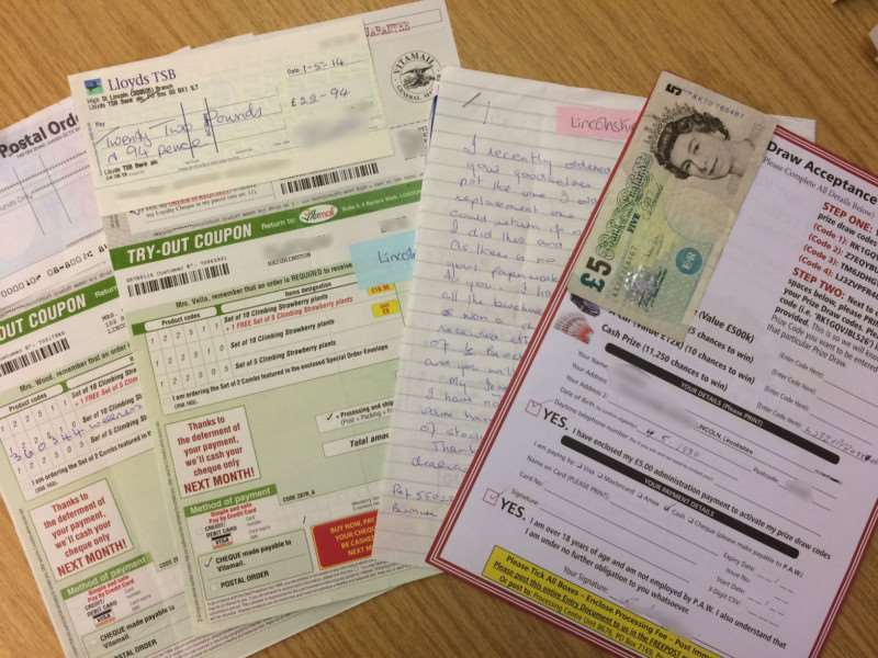 Some 1,500 people were conned by postal fraud in Lincolnshire last year. ANL-151217-112324001