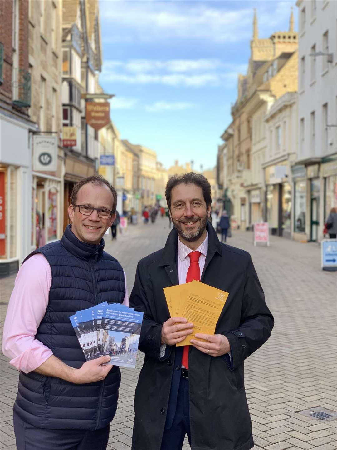 Coun Matthew Lee and Steve Bowyer, chief executive of InvestSK, in Stamford High Street