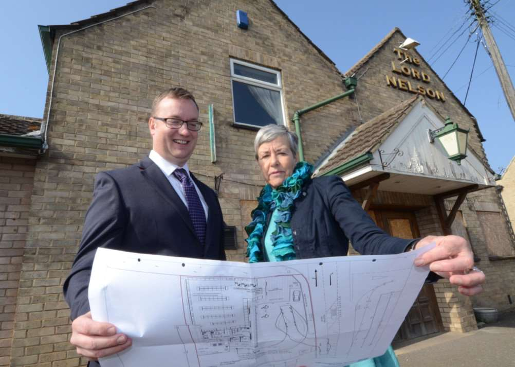 Matt Wilkinson from Lincolnshire Co-op and Cllr. Frances Cartwright outside former pub at Morton near Bourne where theyt hope a new store will be opened. EMN-150320-143513009