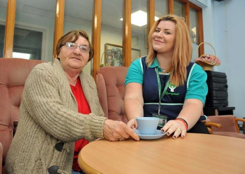 Evergreen volunteer Sarah Derbyshire with client Christine Stevenson at Meadow Close Community Centre, Bourne. Photo by Tim Wilson.