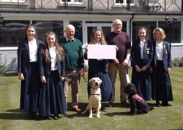 Hearing dogs cheque presentation EMN-160405-131525001