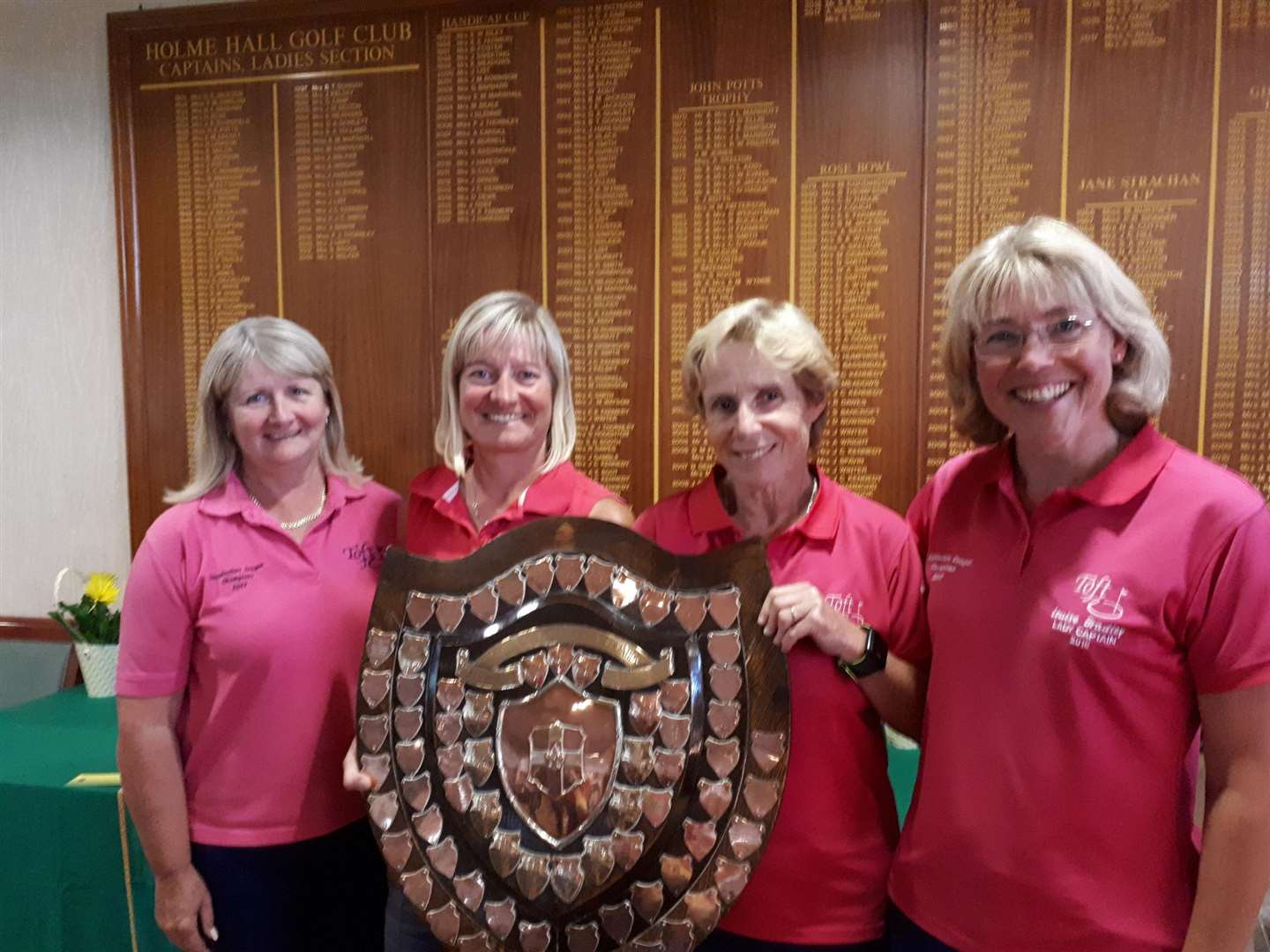 Alison Ravenhill, Lisa Hollingsworth, Cathy Lee and lady captain Louise Bradley with the Holme Hall Shield. (3894291)