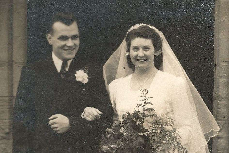 John and Norma Timms on their wedding day (11709560)