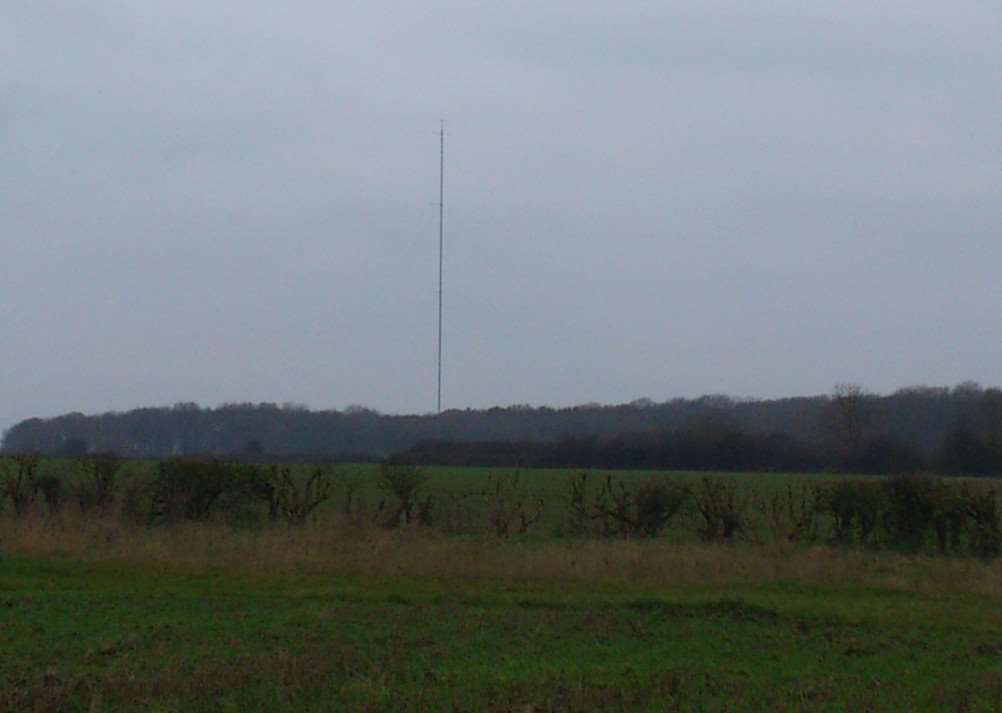 The anemometer mast at the Woolfox site where RES wants to build nine wind turbines and a solar farm. Photo taken from the bridleway that runs from Pickworth to and alongside the Woolfox site by Colin Ashpole. EMN-140912-113026001