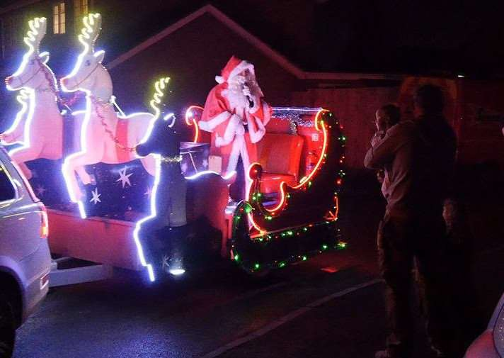 Don't miss Santa in his sleigh EMN-150212-114357001