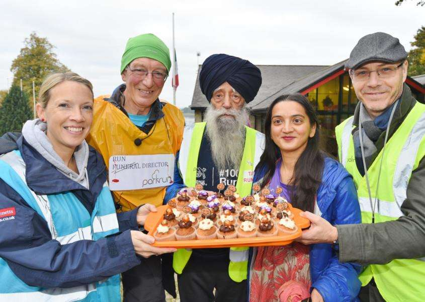 Rutland Water parkrun celebrates first birthday, Pictured is the country's oldest runner Fauja Singh, 105, with event organisers Calli Robertson, Paul Rogerson, Manjinder Jagdev and Richard Evans EMN-161029-175849009