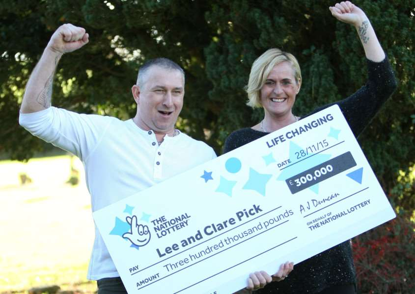 Lee and Clare Pick celebrate winning �300,000 EMN-150212-165207001
