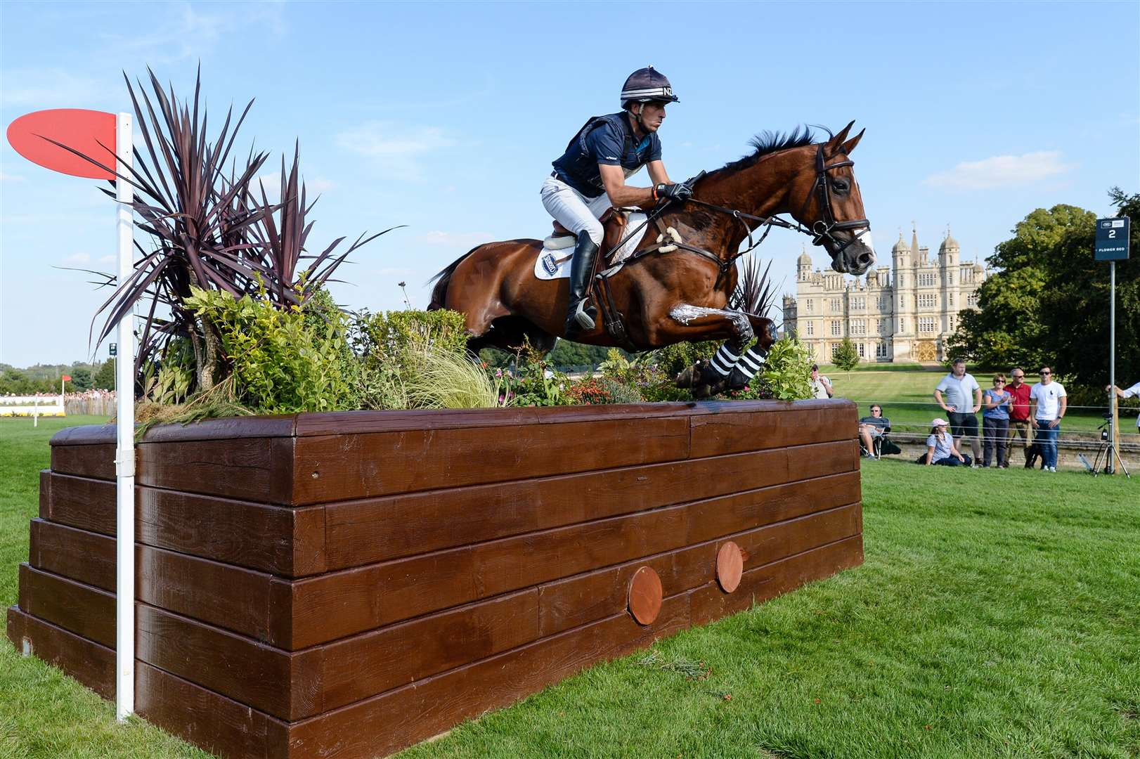 Tim Price (NZL) riding RINGWOOD SKY BOY during the cross country phase of the Land Rover Burghley Horse Trials, Photo: PETER NIXON (3915442)