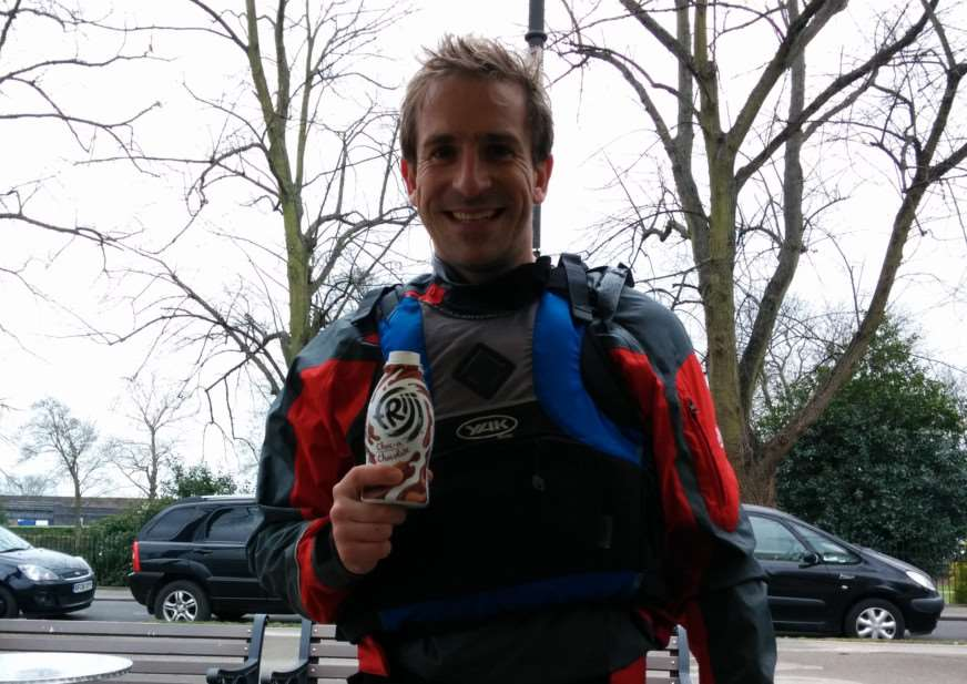 Former Stamford resident, Adrian Pask who will canoe the Thames in memory of mum. EMN-150331-093705001
