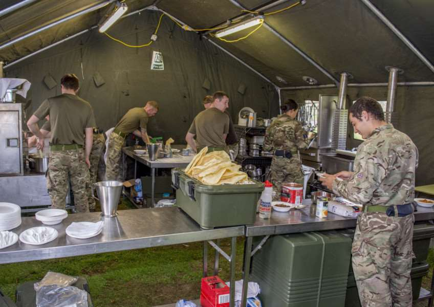 A No.3 Mobile Catering Squadron kitchen. By Lee Hellwing.
