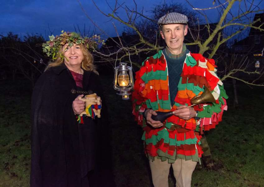 Stamford Community Orchard Project wassailing 2018. By Lee Hellwing.