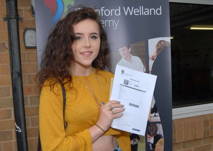 GCSE results day - Stamford Welland Academy - Phoebe Sinclair'Photo: MSMP200815-004js