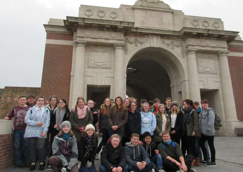 Bourne Academy pupils visit France and Belgium.