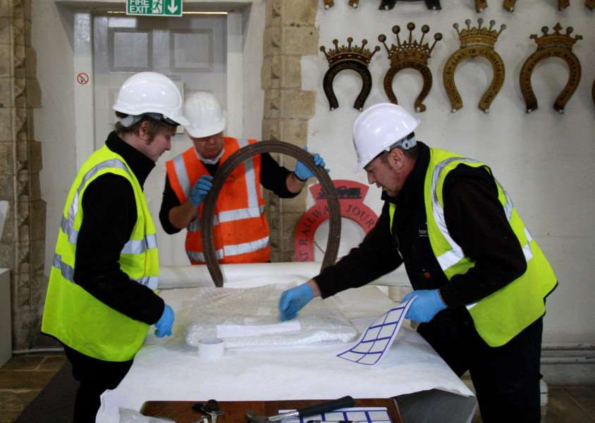 Restoration work at Oakham Castle. EMN-151221-130013001