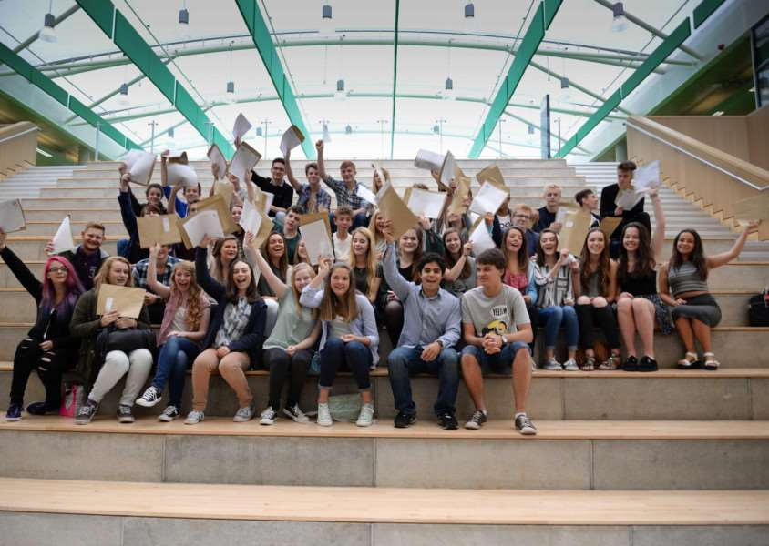 GCSE results day at Catmose College, Oakham. Photo: MSMP-20-08-15aw012 EMN-150820-114524001