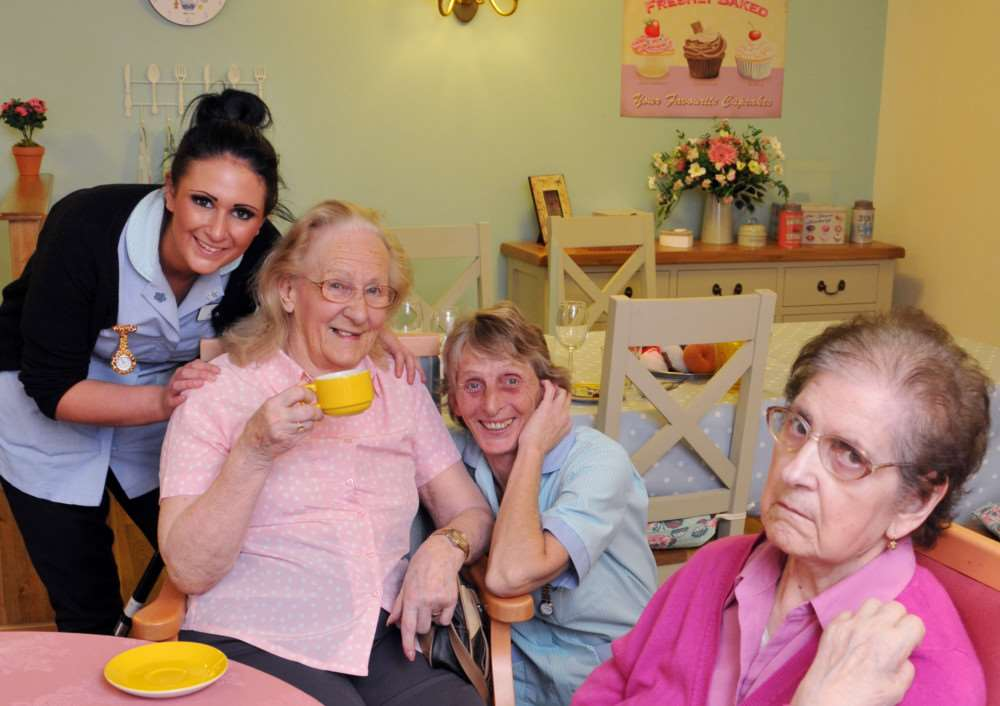 Braeburn Lodge, Braeburn Road, Deeping St James, pic of Joyce Haynes and staff at new care home First residents Joyce Haynes and Filomena Mazzocchi with staff Chloe Russel and Lyn Copland EMN-150202-153038001