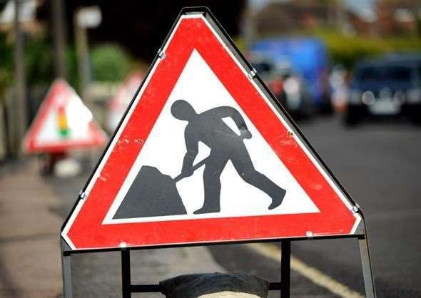 The A52 will be closed at Horbling overnight for four weeks, except weekends. (43957192)