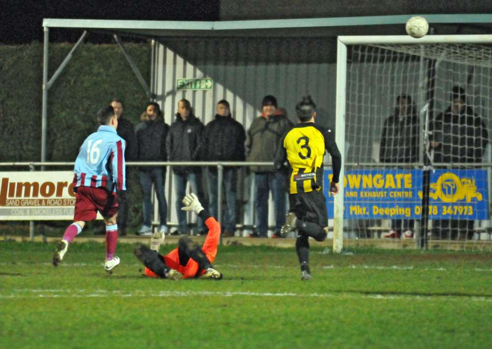 Deeping v Holbeach at Outgang Rd'2nd half action Deeeping Goal ANL-150104-010840009