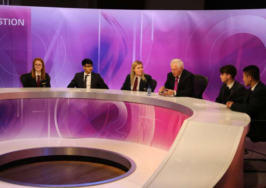 Sixth Form Drama and Politics students at Stamford Endowed Schools were given a unique chance to see behind the scenes of the show and were able to form their own Question Time panel alongside David Dimbleby for their own political debate. EMN-160129-123008001
