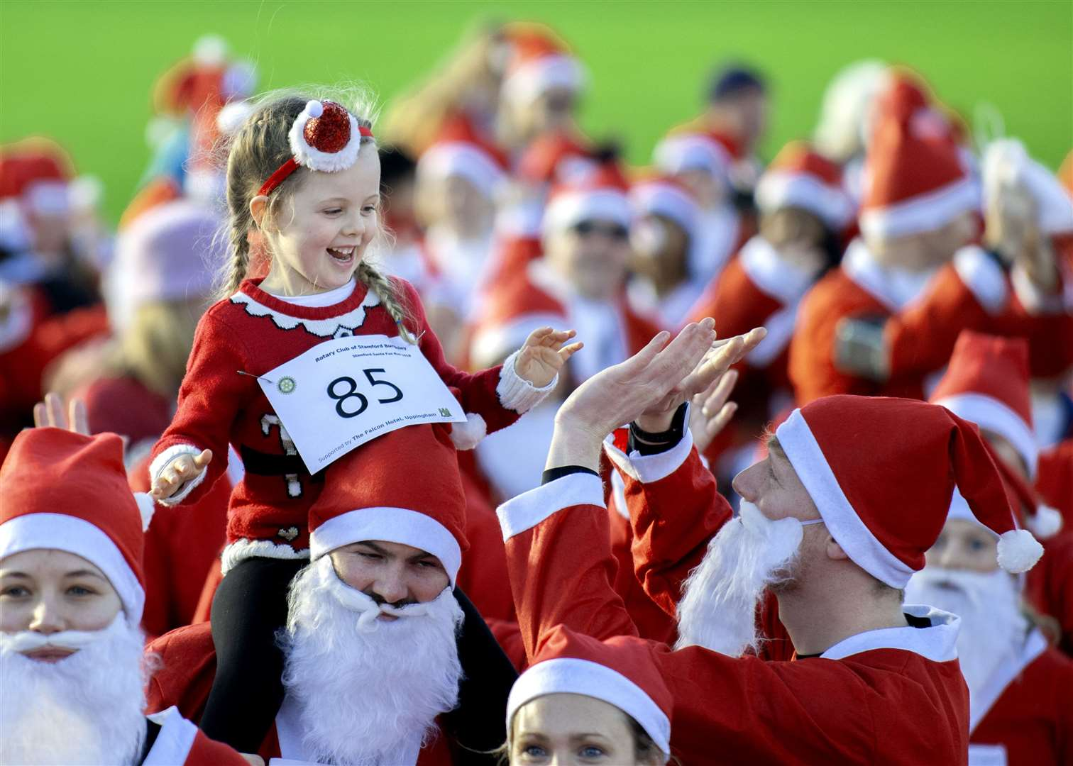 The 2018 Stamford Santa Fun Run drew a large number of participants