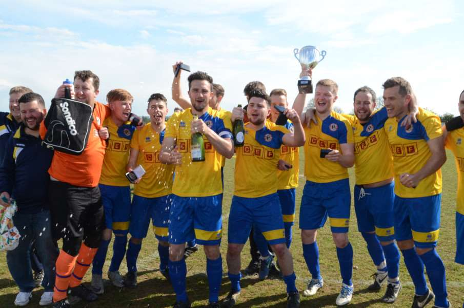 League champions Stamford Lions FC at Wsey EMN-160430-180839009