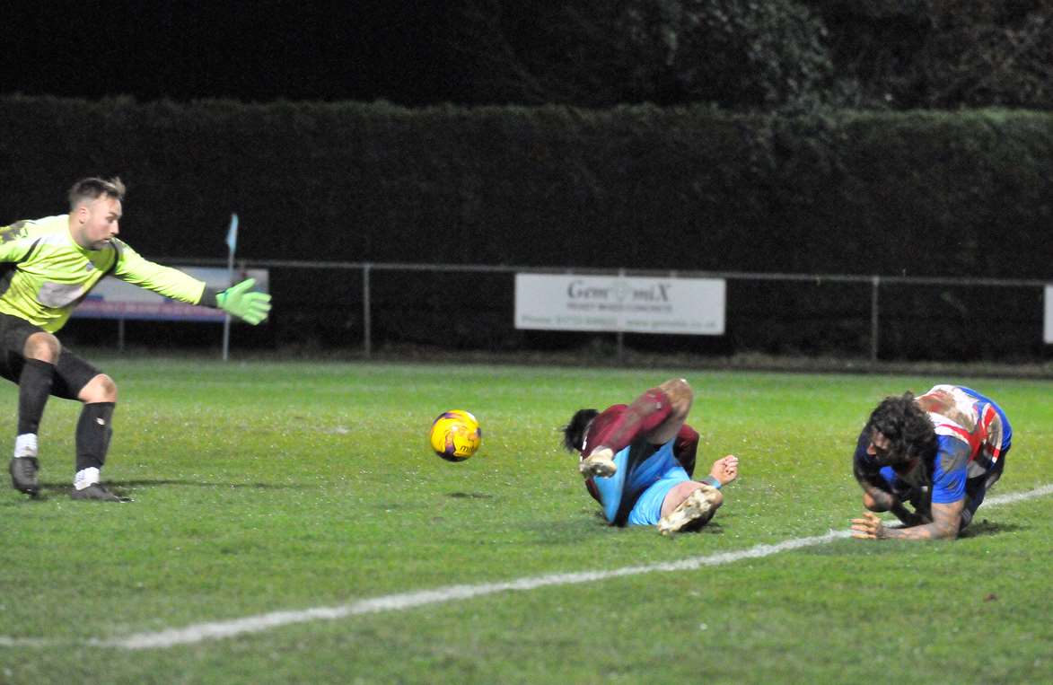 Deeping Rangers FC - second-half action v Clacton Goalie denies (5724406)