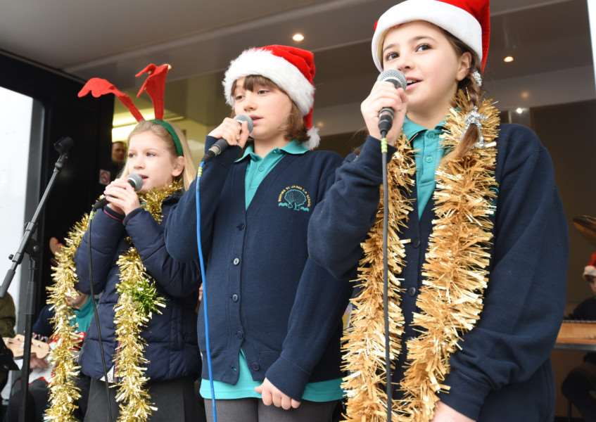 Deeping St James Primary School pupils perform