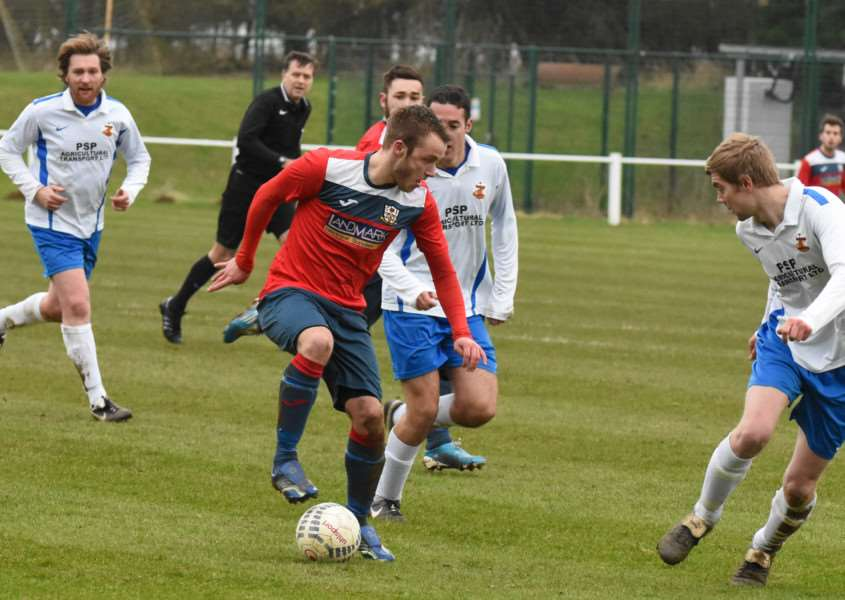 Action from Cottesmore Amateurs v Barlestone St Giles. Photo: Alan Walters EMN-160216-092524001