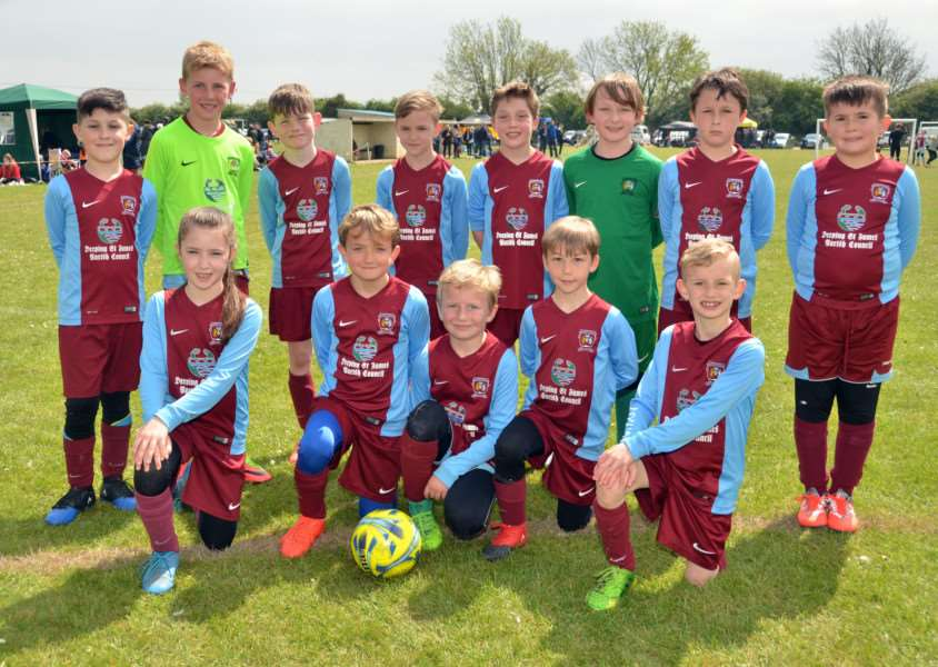 Deeping Clarets under-9s A and B teams
