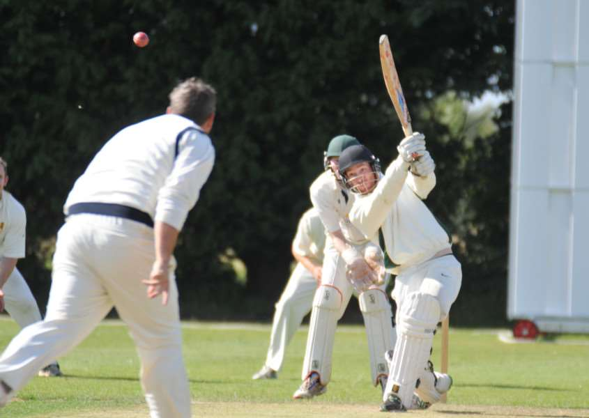 Jamie Morgan top scored for Market Deeping as they beat Oundle in Rutland Division One.
