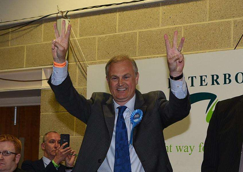 General Election Count 2015. Stewart Jackson wins his seat EMN-150805-033000001