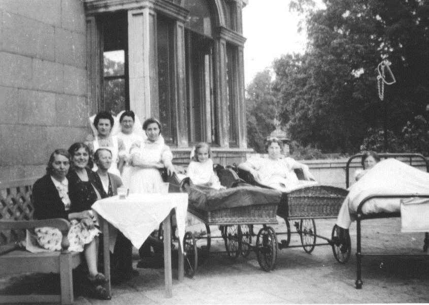 Thorpe Convalescent patients 1942