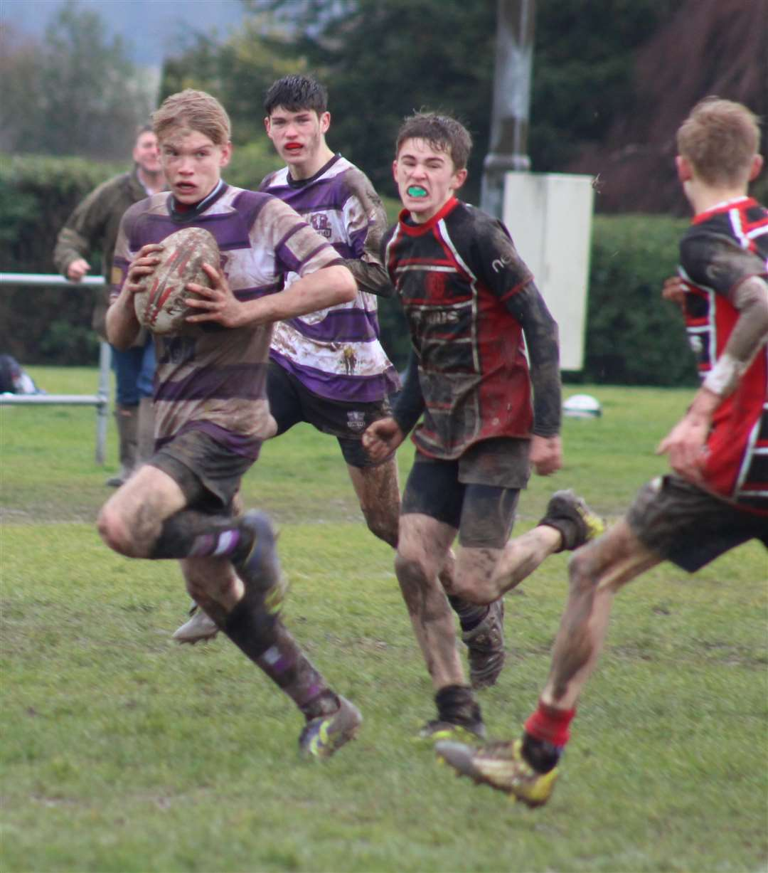 Stamford Under 15s claimed a last-gasp victory over Oundle. Photo: Darren Dolby (7133263)