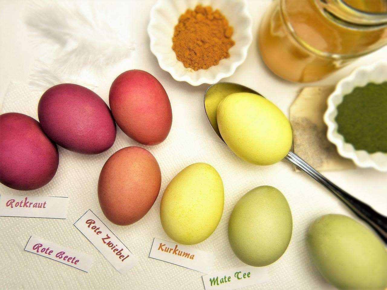 Easter eggs are traditionally coloured using household food items, including red cabbage, onions,mustard seeds and beetroot (33133322)