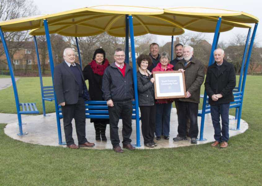 Thurlby's covered seating area opens thanks to the community fund EMN-170601-093307001