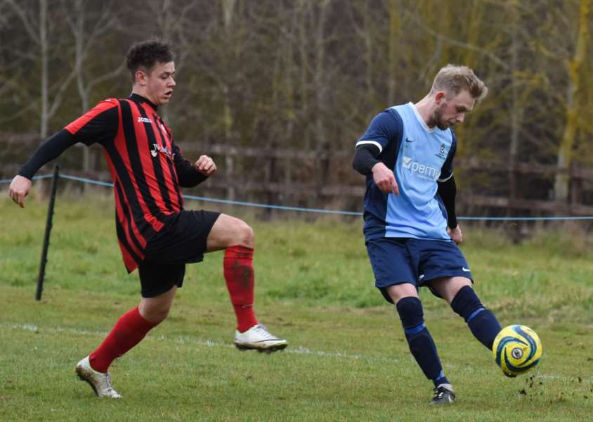 Action from Ketton's lose to Pinchbeck United. Photo: Alan Walters EMN-160322-103425001