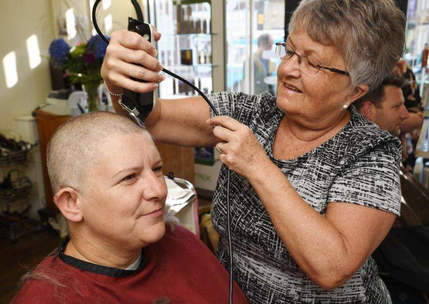 Karen Barnes having her head shave at Bourne with stylist Pat Kaufman EMN-150815-181351009