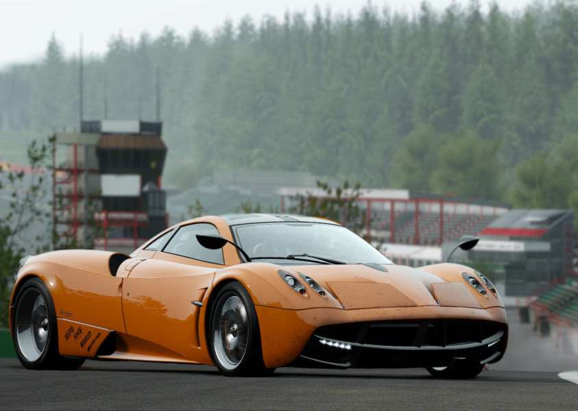 Project CARS is a racing simulator worthy of next gen